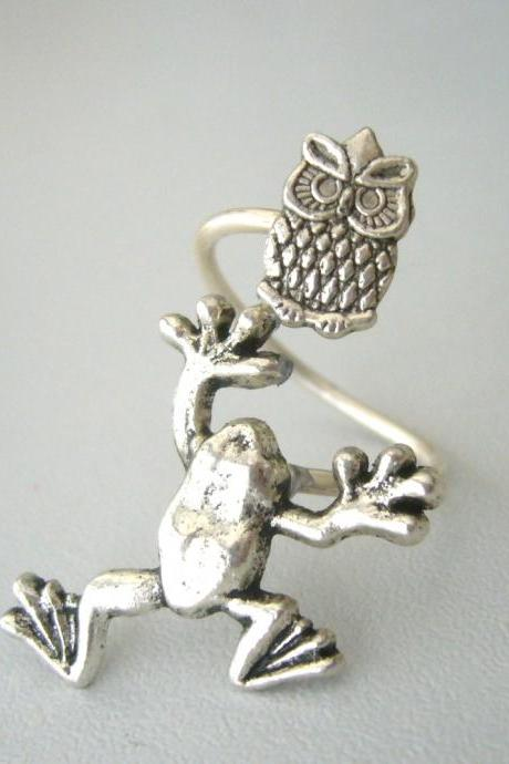 Silver owl frog ring wrap ring, adjustable ring, animal ring