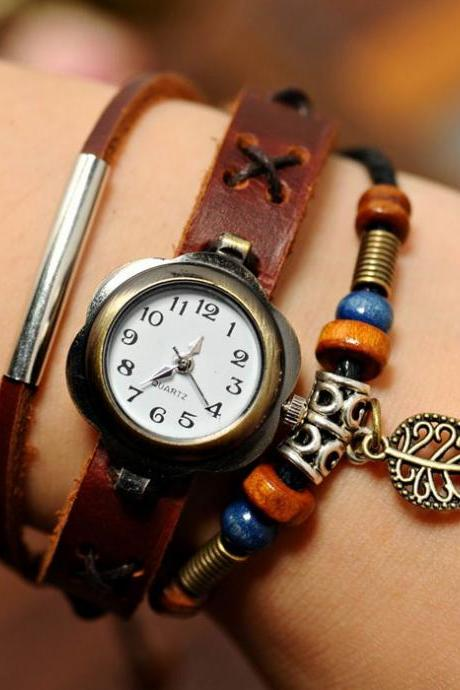 Lovely Leaf Leather Bracelet Watch