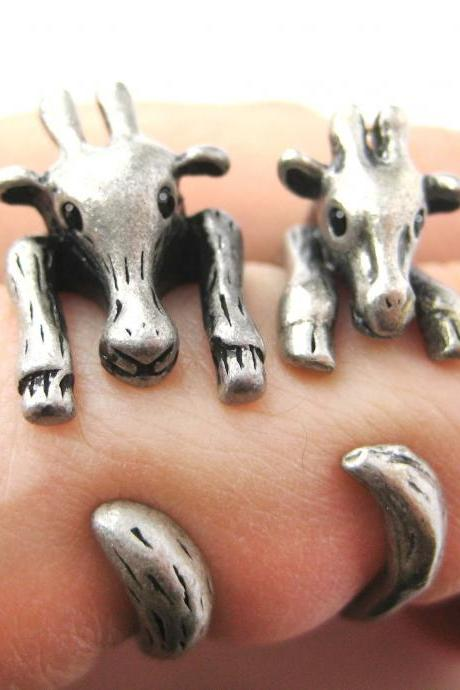 Large Giraffe Animal Wrap Ring in Silver Sizes 4 to 9 US Realistic and Cute!