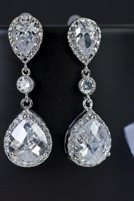 Bridal Earrings, Cubic Zirconia Bridal Earrings, Bridesmaid Earrings Clear White Cubic Zirconia Tear Drops Earrings