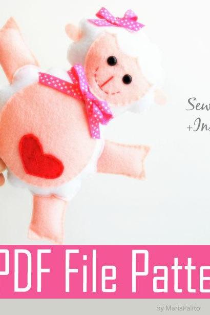 Lamb Sewing pattern - PDF ePATTERN - Toy Doll Softie Sewing Pattern and Instructions A775