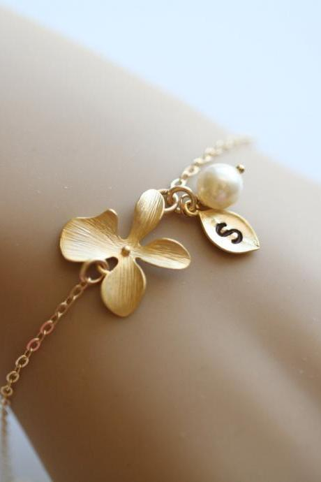 Orchid Flower Gold Fill Bracelet,Leaf initial,initial bracelet,Bridesmaid gifts,Flower girl gift,Pearl,Wedding Jewelry