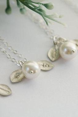 Set of 6,Leaf necklace,Wire wrapped pearl,two initials,sterling silver Necklaces,Bridesmaid gift,wedding bridal jewelry