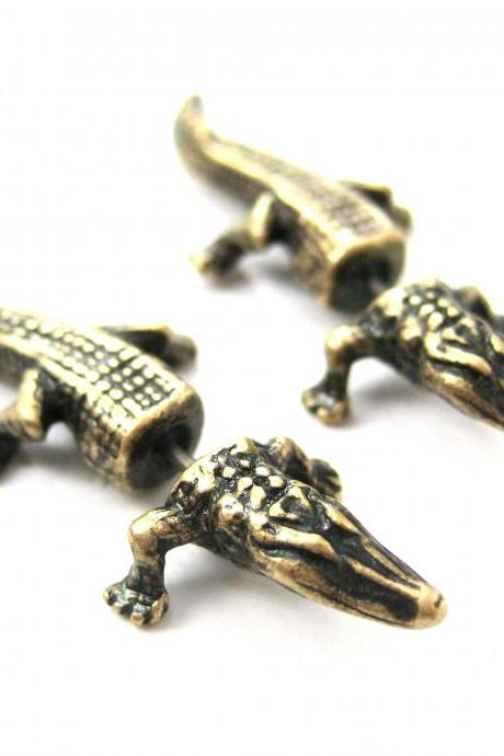 Fake Gauge Realistic Alligator Crocodile Animal 3D Plug Stud Earrings in Brass