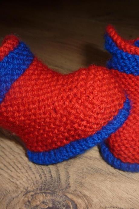 HAND KNITTED BABY WELLY BOOT STYLE BOOTIES