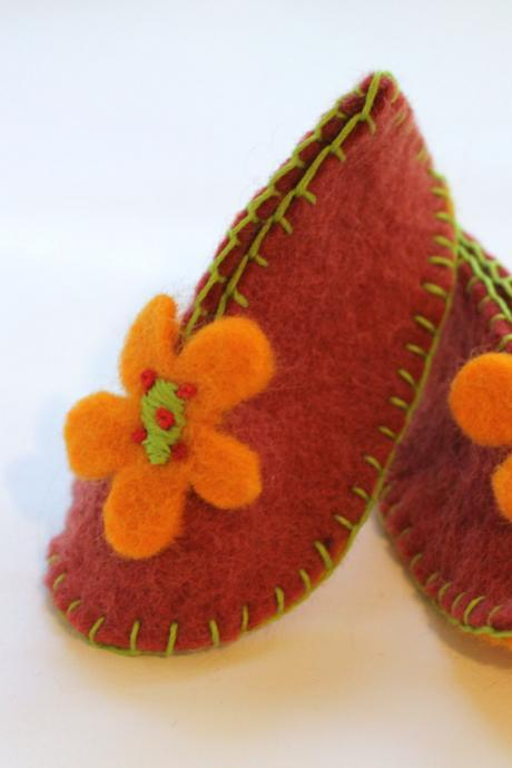 Wool Felt Baby Booties, Flower Booties with Matching Beanie, Hand Sewn Baby Booties