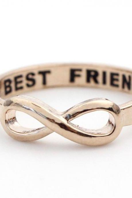 BEST FRIEND Infinity Ring in Pink gold
