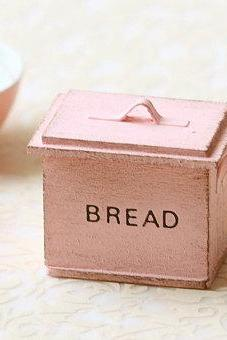 Dollhouse Miniature- Shabby Chic Sweet Pink Bread Box