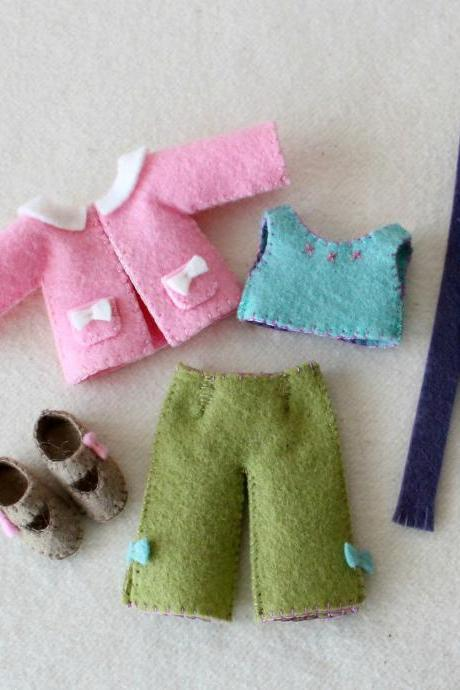 Winter Outfit pdf Pattern for Pocket Poppet Doll