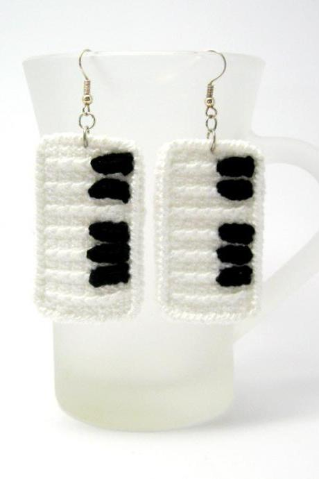 PDF pattern - Piano Crochet Pattern Piano Keys Crochet Earrings Tutorial Piano Jewelry Crochet Pattern - P0021