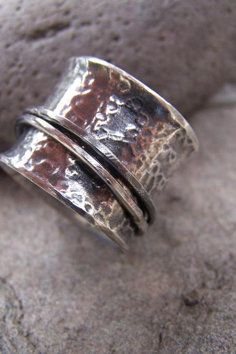 Spinner Ring in Textured Sterling Silver