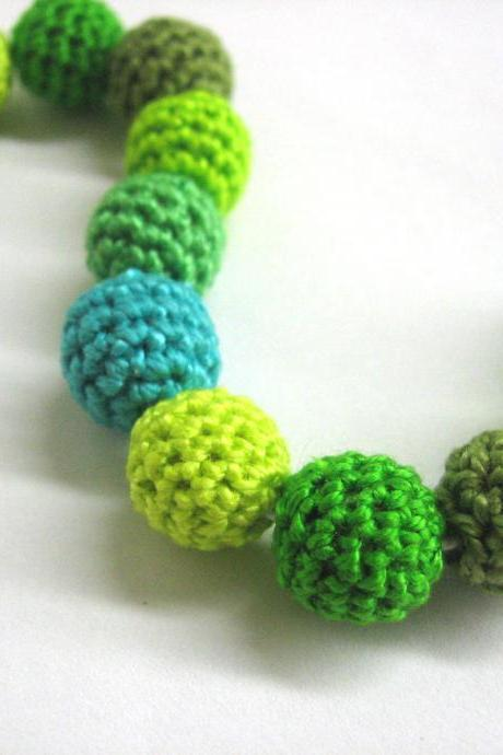 Crocheted beads 12 mm - green mix, handmade beads set of 12