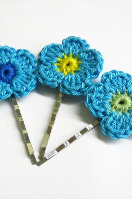 Crocheted flower bobby pins light blue flowers set of 3