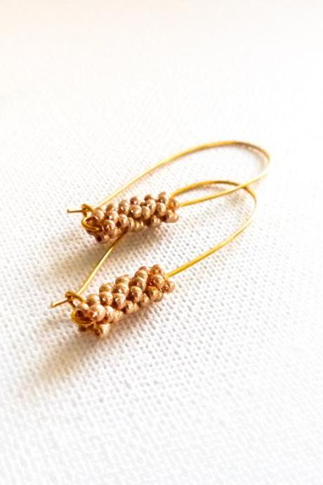 Chic minimalist fashion golden long earrings. Wedding jewelry. Bridesmade gift idea.