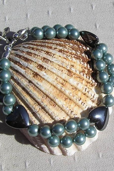 Hematite Heart & Green Shell Pearl Crystal Gemstone Bracelet OOAK - 'Laurel'