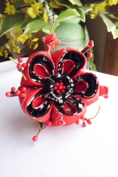 Gothic Red and Black Ume Flower Plum Blossom Tsumami Kanzashi Adapted Hair stick Hair Fascinator