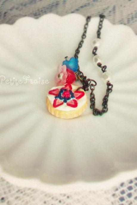 Miniature food necklace 'La tarte nr03' with lucite flowers, in white, red and blue, polymer clay food jewelry