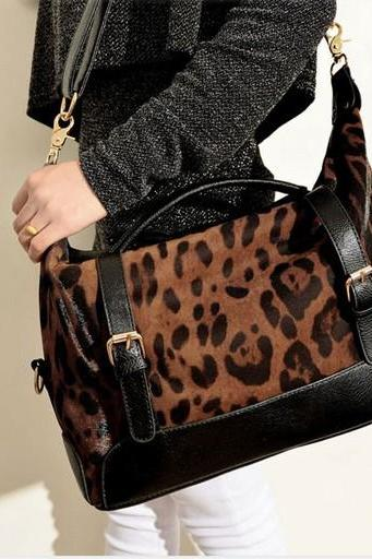 Cool Leopard Printed Handbag