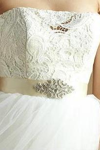 Handmade Wedding Sash/Belt, Bridal Sash, Rhinestone Sash, Beaded Sash