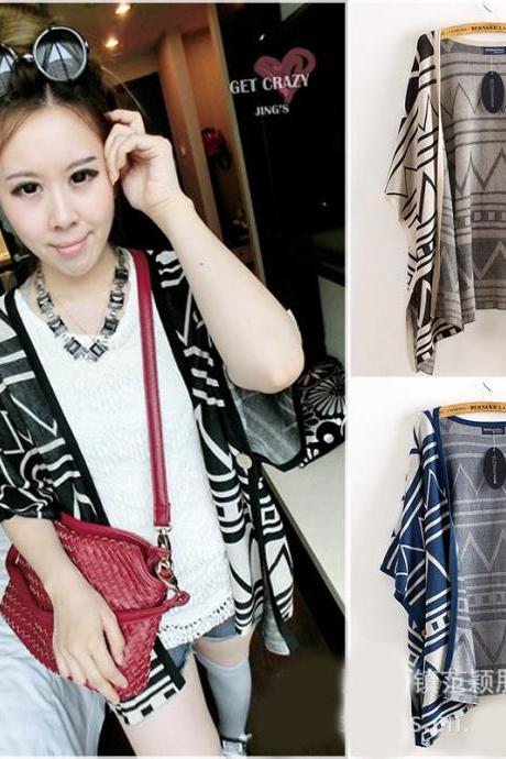 Fashion Woman Geometrical Pattern Shawl Sweater