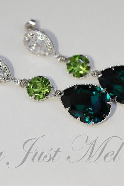 Wedding Earrings, Bridesmaid Earrings, Cubic Zirconia Teardrop Earring with Swarovski Peridot Round, Emerald Green Teardrop Crystals - Wedding Jewelry, Bridal Earrings (E569)