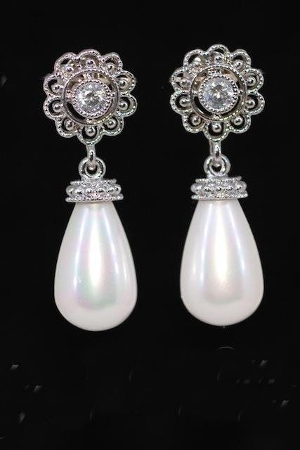 Wedding Earrings, Bridesmaid Earrings, Cubic Zirconia Flower Filigree Earring with White Briolette Pearl (E359)