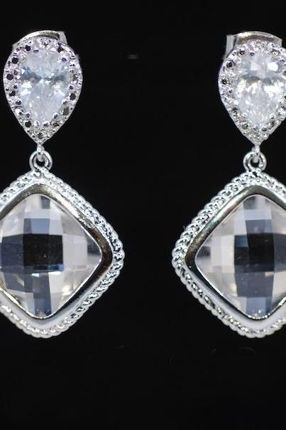 Wedding Earrings, Bridesmaid Earrings, Cubic Zirconia Teardrop Earring with Clear Glass Quartz (E303)