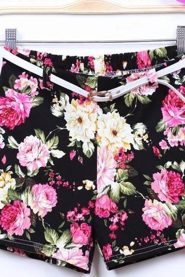 Fashion Floral Shorts With Belt