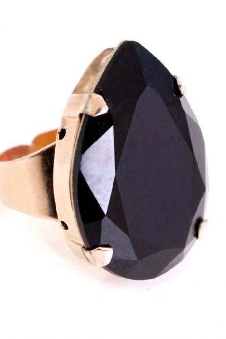 Moon Ring in Black