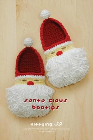 Santa Claus Toddler Booties Crochet PATTERN for Christmas Winter Holiday - Size 4 5 6 7 8 9 - Chart & Written Pattern by kittying