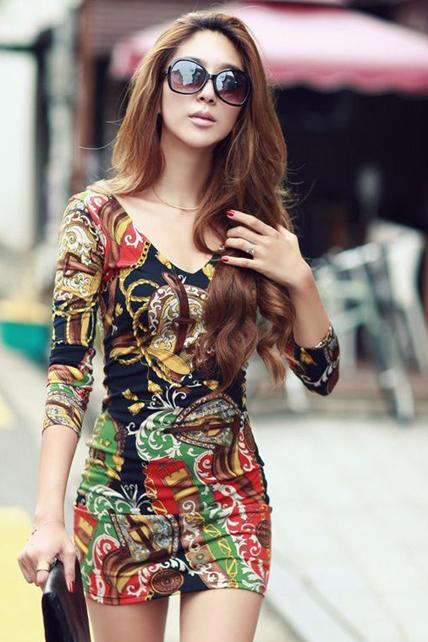 Woman Retro Printed V Neck Sheath Dress