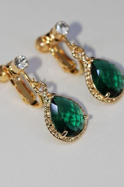 Wedding Earrings, Bridesmaid Earrings - Gold Tone Crystal Screw Back Clip On (Non-Pierced)Earring with Emerald Green Teardrop Glass Quartz (E615)