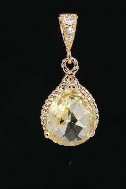 Wedding Jewelry, Gold Plated Cubic Zirconia Detailed Bail with Jonquil Glass Quartz Pendant (P024)