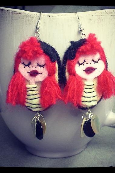 Handmade felt Earrings Art Doll Petite Red Hair Girl Parisienne 2