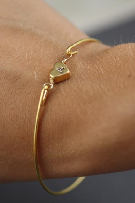 Gold Heart Bangle Bracelet-Simply Gold Personalized Heart Bangle Bracelet- Initial Jewelry- Minimalist Jewelry- Bridesmaids Gifts