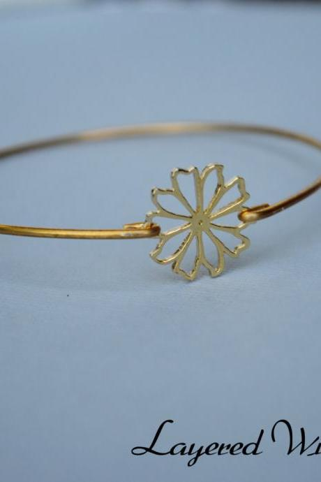 Flower Bangle Bracelet- Gold Bangle - Geometric Gold Bangle- Bridesmaids Gift Ideas- Casual Wear- Minimalist- Wire Bangle- Filigree
