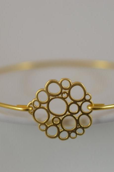 Overlapping Bubbles Gold Bangle Bracelet- Gold Bangle Jewelry- Geometric Gold Bangle- Bridesmaids Gift Ideas- Casual Wear- Minimalist