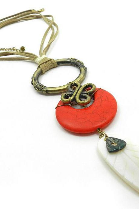 Long red shell stone necklace