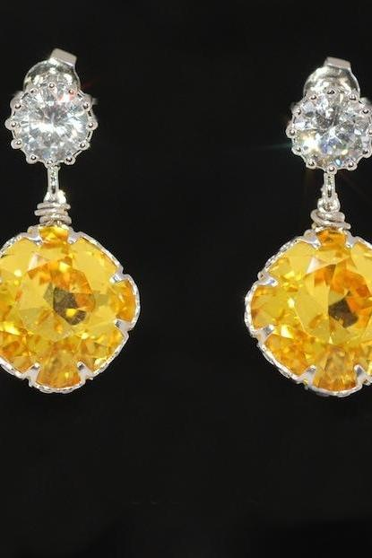 Cubic Zirconia Earrings, Swarovski Light Topaz Crystal Earrings - Wedding Earrings, Bridesmaid Earrings, Bridal Jewelry (E408)