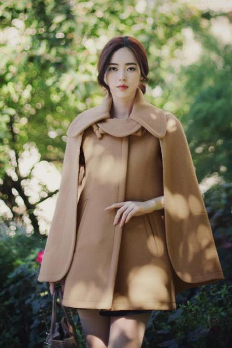 Woman Turndown Collar Light Brown Woolen Cape Coat