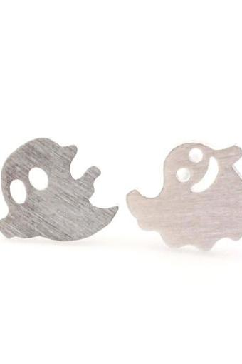 Fun and cute Smiley Ghosts earrings in Silver