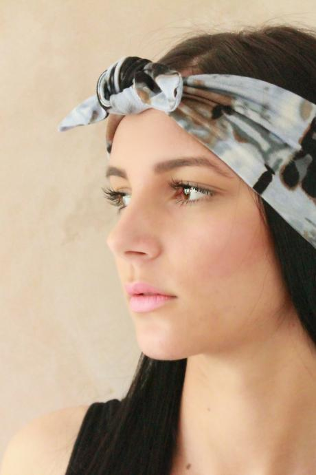 Headband, Workout headband, Sweatband, Yoga Headband, Tie up headband, Stretchy Headband, Headwrap, Dolly bow headband, Fabric headband, Bandana Exercise headband, Jersey headband, Pin up headband, Boho Headband, Hippie Headband, Elastic Headband,