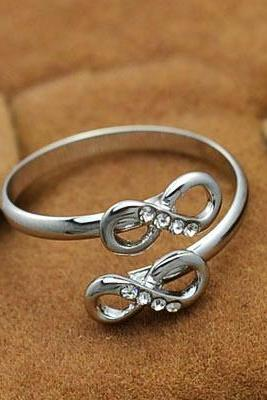 New fashion jewelry 18K rose gold plated rhinestone Infinity finger ring nice gift for women party Accessories R631
