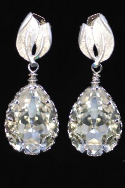 Swarovski Teardrop Earring with Leaves Earring (E162)
