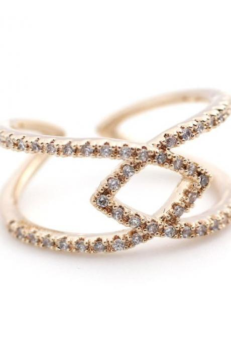 Connecting Links Infinity Ring detailed with CZ in Rose Gold