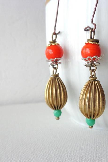 Red dangle brass earrings, mint