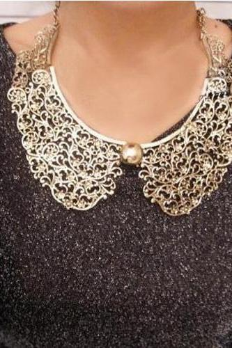 * Free Shipping* Exquisite Doll Collar Metallic Gold Necklace