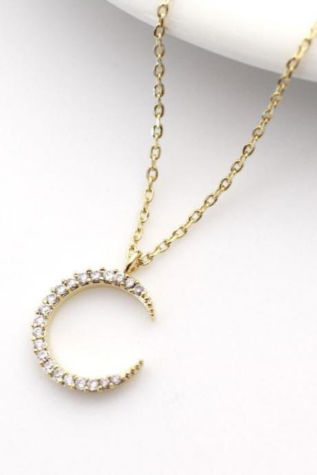 Crescent moon pendant Necklace detailed with CZ in gold