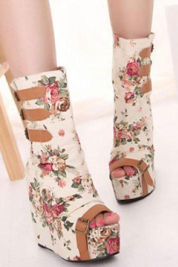 Peep Toe Floral Design Fashion Boots