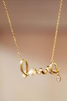 Free Shipping Fashionable and Lovely Letters Necklace
